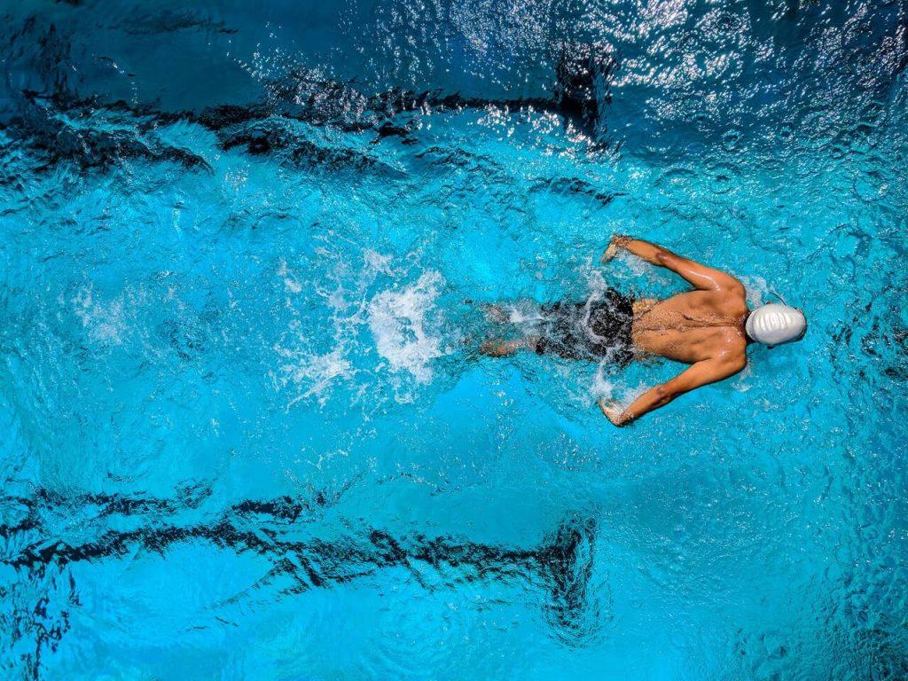 Omega-3 fish oil swimming